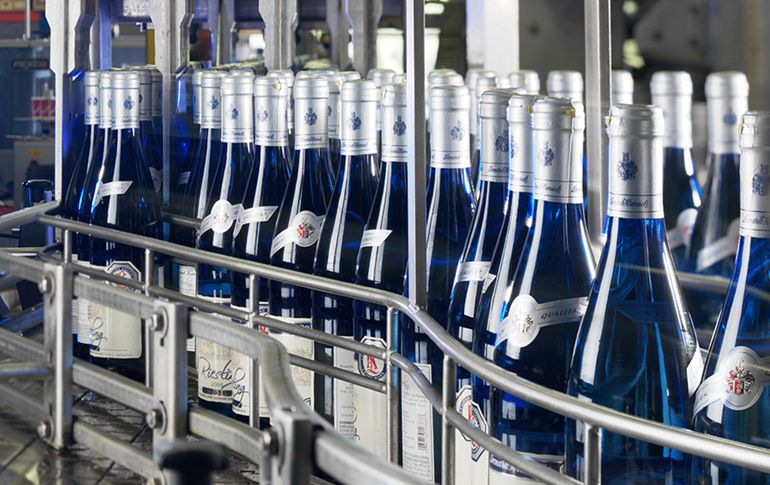 Production - Leonard Kreusch Wines